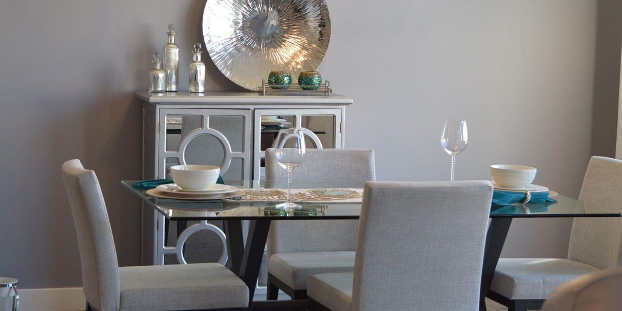 Køkkenindretning – 5 veje du kan vælge at gå i valg af spisebord
